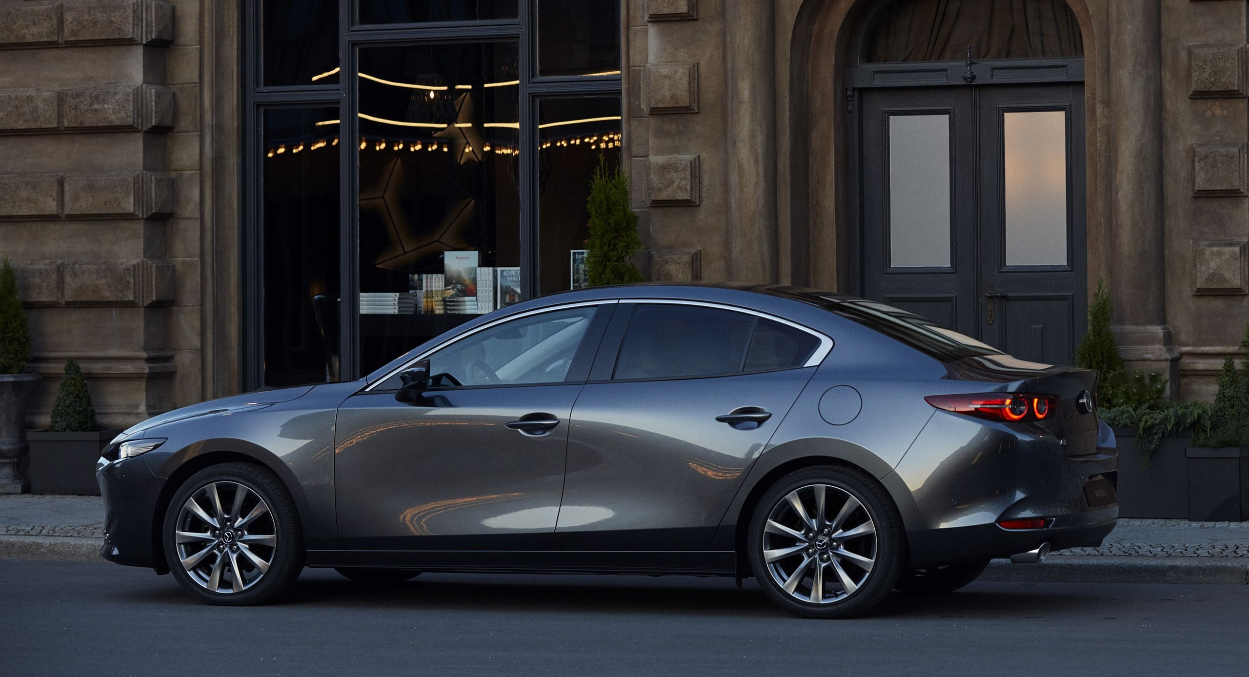 All New Mazda 3 2.0L Signature Luxury 2020